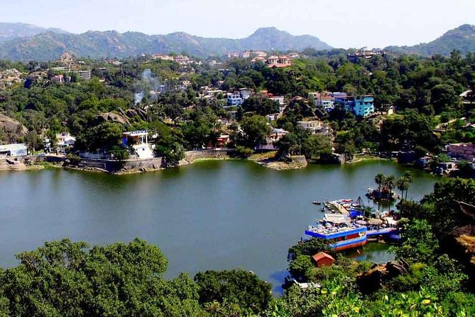 In This One Way Transfer Trip - One Way Private Drop To Mount Abu From Ahmadabad with Private Transportation Planing a Private Transportation Transfer to Destination is easy with Get Booked instantly , Check Email for Follow Up messages and get ready to go to Destination you wish to go.<br>