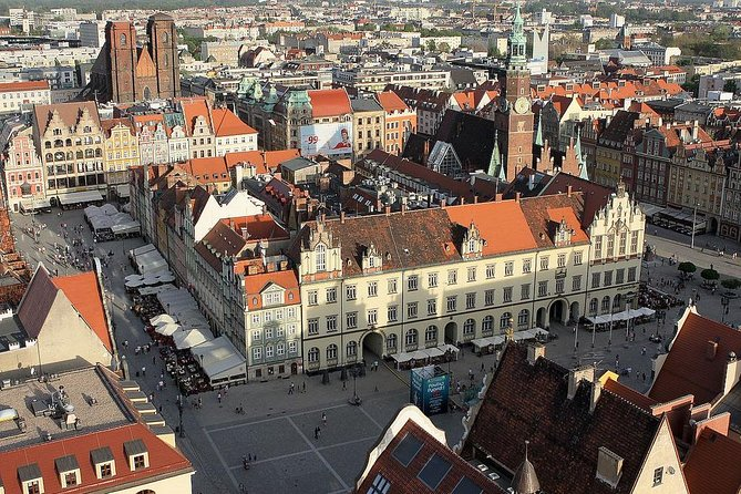 Explore incredible Wroclaw - the largest city in western Poland which attracts a lot of tourists thanks to its special charm and long list of monuments. Admire the oldest part of the city – Ostrow Tumski with outstanding Gothic-style cathedral and historical buildings. Do not miss little dwarfs which appeared in the streets!