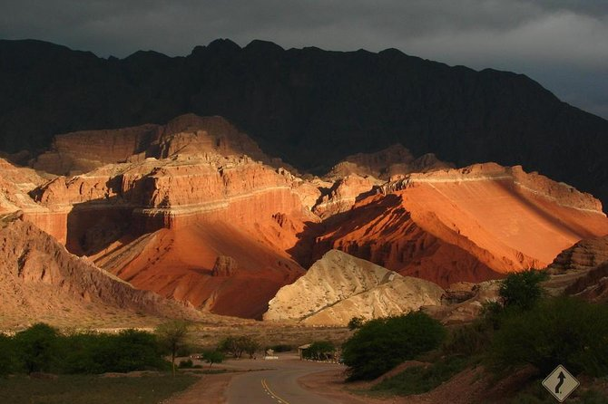"On this tour you will discover one of the most breathtaking landscapes that Salta offers in the ""La Quebrada de las Conchas"""