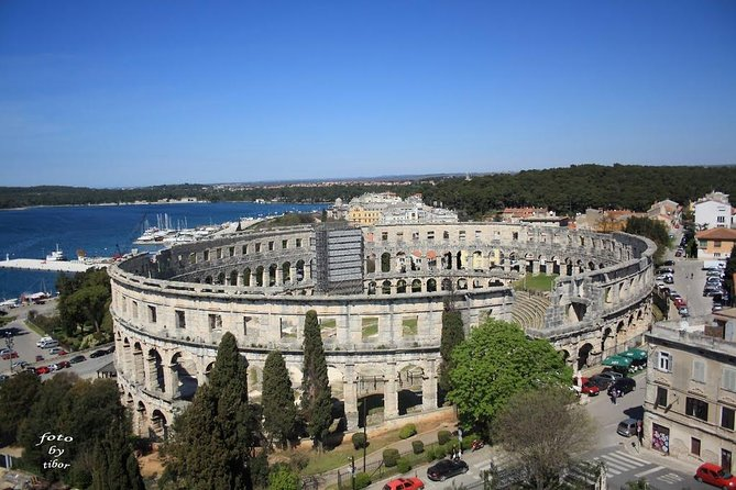 Pula walking tour is a private guided walking tour of about 1.5 hours, where you can see all the most important monuments in Pula. It usually starts at the Amphitheater Pula and goes to ancient roman city gates, to the market building, enters the ancient city with roman mosaic, Forum, Cathedral and the Venetian Fortress.