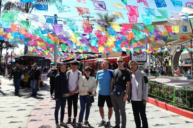 This first tour is the perfect introduction into Mexico, and we do it the only way that will ensure you get a true local experience. Walking along with a personalized local guide that will take you to uncommon as common places. The idea is that you get to know how to visited by your self.