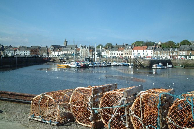 Enjoy a privatetour from Dundee, approximately 4 hours in duration, suitable for 1-8 persons, most ages and abilities, families with children. Highlights include; St Andrews, the Fife fishing villages of Crail, Anstruther, Pittenweem and St Monans. Also, the charming and ancient village of Ceres and many other points of interest. No essential admission charges.