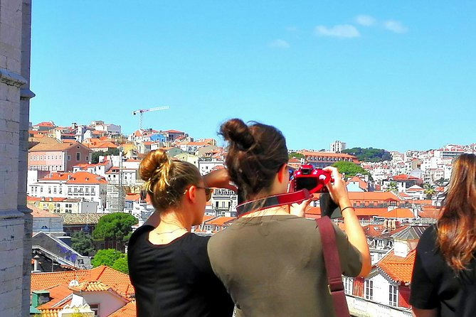 MÁS FOTOS, Escala en Lisboa
