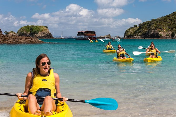 MÁS FOTOS, Full-Day Adventure Cruise with Lunch in Bay of Islands