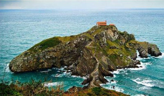 "Featured in Game of Thrones, San Juan de Gaztelugatxe, whose name means ""rock castle"" in Basque (gaztelu = castle + aitz = rock), is definitely a must during your stay in the Basque Country. It is an islet as small as impressive, located on the coast of Bizkaia, only 35 km. far from Bilbao."