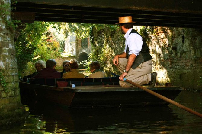 Each punting tour runs through the historic city centre of Canterbury along the hidden River Stour. You will be comfortably seated on cushions and blankets in a traditional wooden punt. Your guide will drive the boat.
