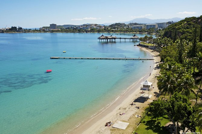 Discover Noumea on this 90 minute, small group introduction tour. This City orientation tour is guided, entertaining, fun and educational. It is the perfect tour to do upon arrival into Noumea acquainting yourself with the best areas, various neighborhoods and activities to do in Noumea.<br>