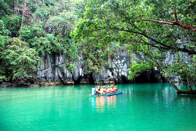 The Puerto Princesa Underground River has placed Palawan in the forefront of tourism after it was hailed as one of the new seven wonders of Nature. The 8.2-kilometer subterranean river runs under a protected cave that features spectacular formations of stalactites and stalagmites. <br><br>Join this full day tour including lunch to discover more about this beautiful area.