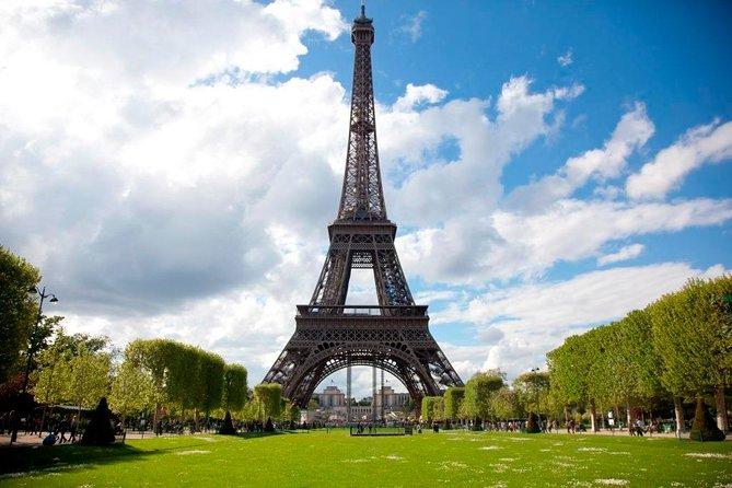 Evite las colas: excursión para grupos pequeños a la Torre Eiffel, Paris, FRANCIA