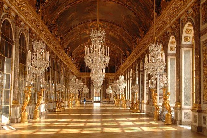 Experience a guided tour of the Palace of Versailles with skip the line access, showing you the most important rooms of the Palace and giving you an insight into the Kings and Queens who once lived here. Your tour includes a visit to world-famous the Gardens of Versailles. On certain days you'll see the fountain show, where water explodes to the sound of music, or enjoy visiting the gardens to the sound of classical music at the Musical Gardens event