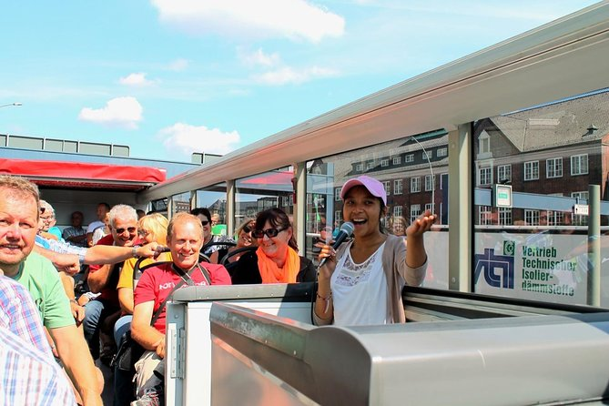 City tour through Hamburg, Hamburgo, Alemanha