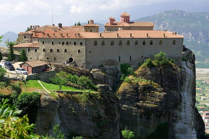 Private tour for 1-8 people by minivan to Meteora.The trip duration is up to 13hrs.Departure from Thessaloniki at 08:00 and return back at 19:00. Visit on Meteora rocks in one or two monasteries according to your needs. Later free time in Kalambaka for lunch and return to Thessaloniki in the evening