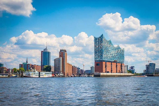Moin moin! Join one of our expert guides and Discover Hamburg today! This 2.5-3 hour takes you through the 1200 year history of Germany's wealthiest city. From a fort on a hill to one of the world's most important ports, Hamburg is a city full of stories.<br><br>How did Hamburg become one of the world's most important ports? How does the story of a headless pirate haunt the city? Just what happened here in World War II? Discover all this and more on Hamburg's best walking tour. <br> • Rathaus<br> • Historic Deichstrasse<br> • Trostbrücke<br> • Nikolai Memorial<br> • Operation Gomorrah – WWII Firebombing<br> • Speicherstadt (UNESCO World Heritage Site!)<br> • Kontor Houses<br> • Elbphilharomie<br> • The Boatmen's Church