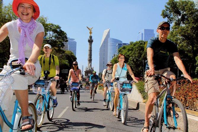 The Emperor Route, Chapultepec & Paseo de la Reforma Historical bike tour, Ciudad de Mexico, MÉXICO