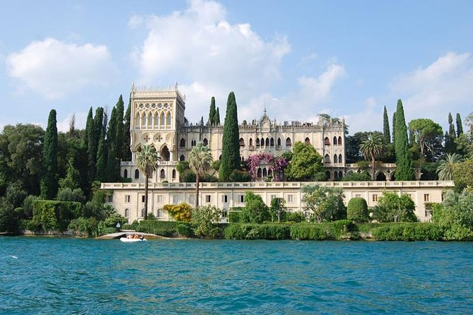Looking for a special way to see the most beautiful island of Garda Lake? This is exactly what you are looking for! During this excursion, that will take 1 hour 30 minutes, you'll see the Grotte di Catullo, the Rocca di Manerba, the Isola di San Biagio and finally Isola del Garda. Definitely you can not miss it!