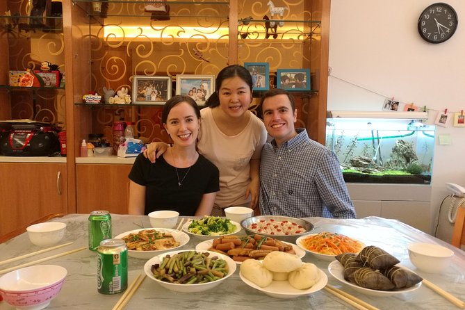 Join a local family for an authentic Cantonese cuisine dining experience during your stay in Shenzhen.You may also watch and learn how to prepare Cantonese cuisine while the cook is preparing your dinner!
