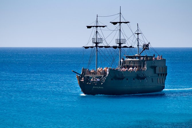 MÁS FOTOS, Black Pearl Pirate Ship from Ayia Napa Hotels