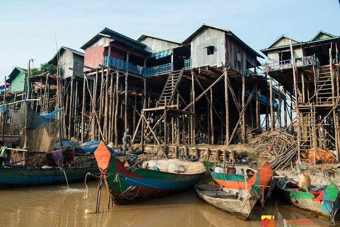 Half-day group tour from Siem Reap with a local guide. Enjoy your the tour in the morning or afternoon with about 45-minutes' drive to the fishermen's village of Kompong Phluk whose name means 'harbor of the tusks' and Cambodia great lake. Enjoy Tonle Sap Lake, it's a lake with no ends in front of you, birds flying slowly overhead and surrounding with the interesting village as well as wetland area.<br><br>A local boat ride take you the Tonle Sap Lake and village where you will see nature in a way you've only seen in picture books and it's where you will now see villagers houses, school, government houses built on high stilts but the pagoda on the only butte (the only building which is not on stilts) and see the activities of the villagers who your expert guide will teach you about their culture, the life style, and the ecosystem of this fascinating place. <br><br>This tour concludes hotel pick up and drop-off. Please choose from one of two departure times when you book.<br>