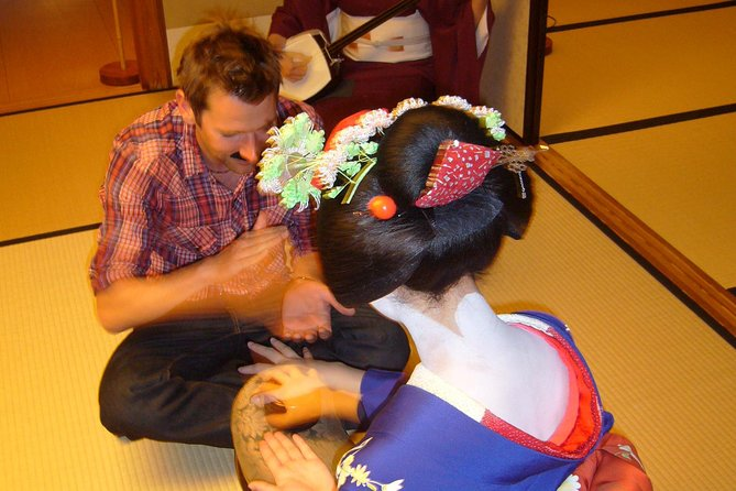 Geisha traditions are traced to the spiritual center of Kyoto, where they were specified as geiko and maiko. Such a lovely tradition can hardly ever be enjoyed privately. From centuries ago, geiko and maiko parties have been given privately only for limited members of society. This tour makes it possible for visitors to truly experience the essence of geiko and maiko in an authentic manner. During the event, English-speaking guides will escort you around the geiko and maiko district, to be followed by a dinner or party arrangement lasting two hours. Since geiko and maiko are privately arranged only for your group, you will have the chance to fully exchange conversations with them and hear their stories which would normally not be told to the public.
