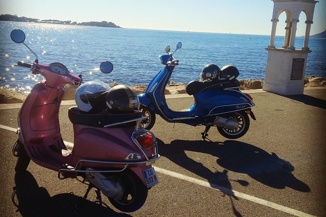 Cannes Vespa Guided Tour, Cannes, FRANCIA