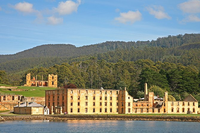 Do you enjoy historical tours? This full day tour from Hobart has been designed to allow as much time as possible to explore Port Arthur. Formerly a convict site, Port Arthur is bursting with history and today boasts a landscape of natural beauty, scenic ruins and restored buildings. Make the most out of your day and join the informative fully guided historical walking tour then jump on board the relaxing cruise to the Isle of the Dead!