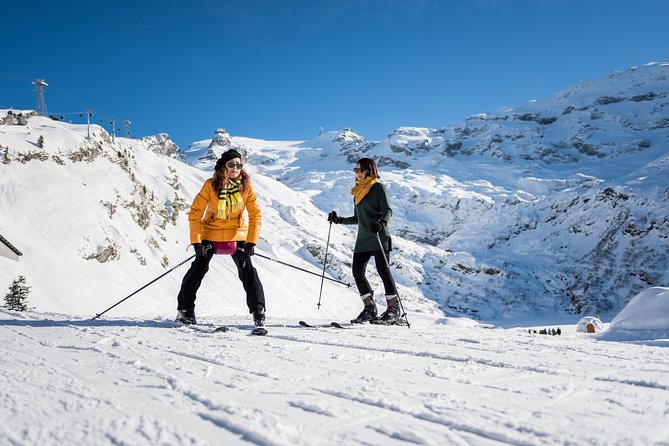 No snow experience? No skiing skills?  - it doesn't matter. <br><br>Come and enjoy winter with us and try skiing once in a lifetime.<br><br>With this package you get the ticket Engelberg-Titlis return as well as 1 hour ski experience including rental of basic ski equipment and a guide to supervise your ski experience (no ski instructor).<br><br>Enjoy pure winter fun at the Snow Experience Park at Station Trübsee and combine your perfect day in the mountains with a trip to Mount Titlis - the highest mountain excursion in Central Switzerland.<br><br>Please note that this package is not suitable for guests with ski experience!<br>