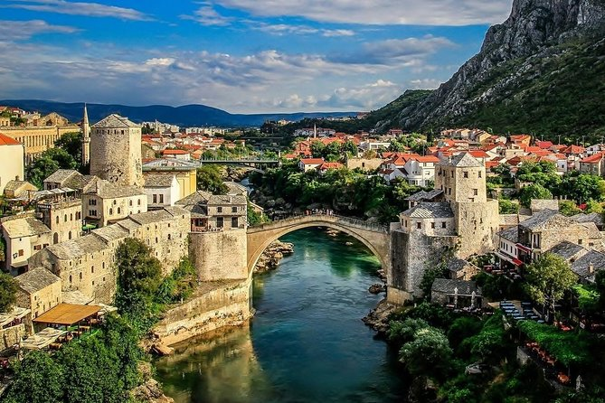 In Mostar, a town built of stone on sheer rock, located on the banks of the torrential River Neretva, and having one of the most beautiful canyons in Europe, you will come face to face with traces of the past in numbers rarely found elsewhere. You will especially be impressed with the abundance and variety of the monuments dating from the Ottoman rule which penetrated furthest west here and, in meeting with Western culture, gave rise to a unique contrast – a kaleidoscope of Oriental, Byzantine and Western civilizations.<br><br>The Stari Most (Old Bridge), which stands alone in beauty and elegance, crosses the River Neretva in a high arch, and is therefore referred to as the petrified crescent.