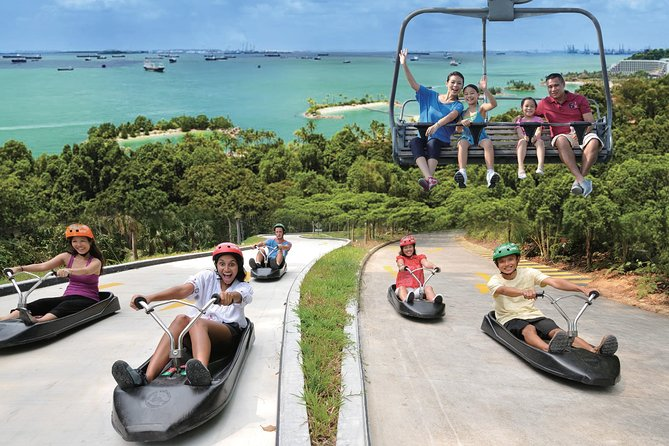 The Luge & Skyride are the perfect Singapore attraction for the whole family, and one of the top things to do for your visit to SentosaIsland. It isa unique wheeled gravity ride that provides riders full control over their descent on purpose-built track.