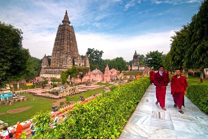 • <br><br>A place where Lord Buddha left his footsteps nearly 2500 years ago while travelling in the quest of enlightenment, situated by the river Phalgu, Bodhgaya is one of the most important and sacred Buddhist pilgrimage center in the world. It was here under a banyan tree, the Bodhi Tree, Gautama attained supreme knowledge to become Buddha, the Enlightened One.<br><br> <br><br>The serenity of the atmosphere remains in the subconscious soul of any visitor who takes the village as a pilgrimage that the Lord himself had chosen for meditation.