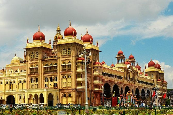 Join us for the private full-day sightseeing tour to the most cleanest and well-planned city of India- Mysore. Known as the cultural capital of the state Karnataka, this city has huge historical, cultural, political as well as political significance. The architecture of forts and religious sites will leave you awestruck with its beauty and precision. Explore this beautiful city in air-conditioned transport, accompanied by a professional guide to ensure a memorable experience.