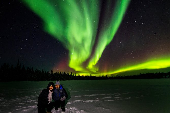 Joinyour guide on this evening tour, 4-6 hours, from Yellowknife anddiscover the breathtaking Northern Lights! Be picked up at your hotel in a mini-coach and visit multiple locations to find the best viewing. Hot beverages and snacks are included. There is also a professional Aurora photographer to take complimentary photos as a momento of this unique experience.