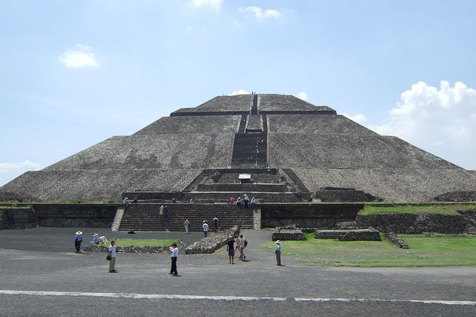 "This full-day tour will take you to incredible and important attractions in Mexico City. You'll visit Tlatelolco, part of the capital of the Aztec empire; see Teotihuacan, the largest archaeological site in Mexico City and then visit the popular ""La Villa or the Basilica of Guadalupe,"" which is the most important religious building in all of Mexico. You will be accompanied by a professional guide and learn more about the rich culture and history of Mexico.<br>"