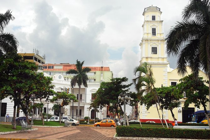 Combine city sightseeing with Mexican history on this 5-hour tour of Veracruz and its surrounding attractions. Visit the small town of La Antigua, an early site of the Spanish conquest, and San Juan de Ulúa, one of the oldest fortresses in the Americas, for interesting facts about Mexican history. Afterward, see the top sights of Veracruz — including the 'zocalo' (aka plaza) and the Municipal Palace — and neighboring Boca del Río on a city sightseeing tour.