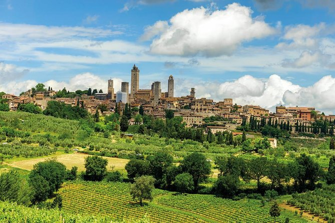 Enjoy this full day trip to Siena, San Gimignano and Pisa from Florence. Learn about the Tuscany history through sightseeing, while visiting three most famous cities of the region, and enjoy a typical lunch in the Chianti area, as well as some wine-tasting.