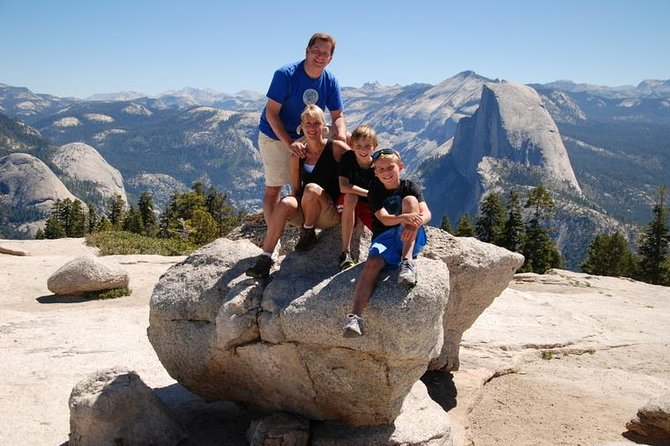 Enjoy a pleasant half-day hike on a relatively gentle trail in Yosemite Valley or the High Country that will allow for excellent photo opportunities and a chance to picnic perched atop a magnificent vista point or alongside a meadow, lake or stream. These introductory hiking tours are perfect for beginners.