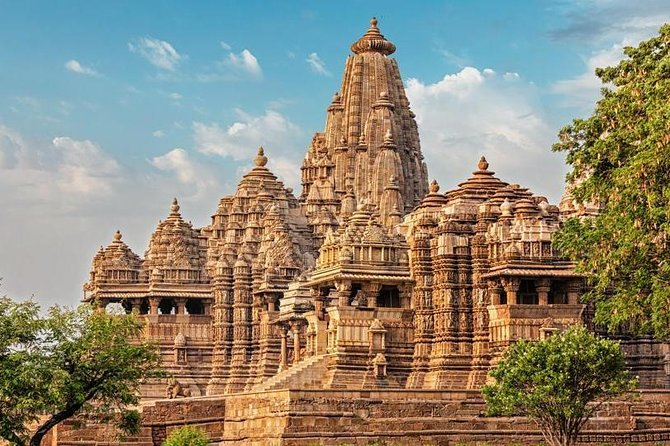 Madhya Pradesh can be said to be the microcosm of India, for the land reflects the glory of India in many ways. These can relate to the architectural grandeur of its palaces, temples and mosques, the natural beauty surrounding the stateand the adventure trail of the tiger sanctuaries to name a few.<br><br> Thisminuscule itinerary is designed to showcase the heritage elegance of Madhya Pradesh. A trip to Khajuraho ( A UNESCO World Heritage site ) & Orchha is planned to showcase the reminiscences of the rich ancient history of the rulers of Central India. <br><br> 2 night stay each has been planned at Khajuraho & Orchha.Subject to availability,stay at the Royal Palace ( Jehangir Mahal ) in the Maharaja / Maharani suite at Orchha is proposed.