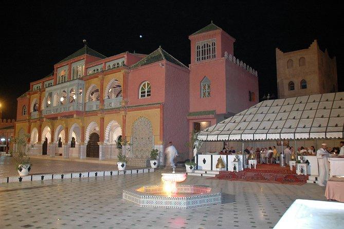 Jantar marroquino e show no restaurante Fantasia em Marraquexe, Marrakech, Ciudad de Marruecos, MARROCOS