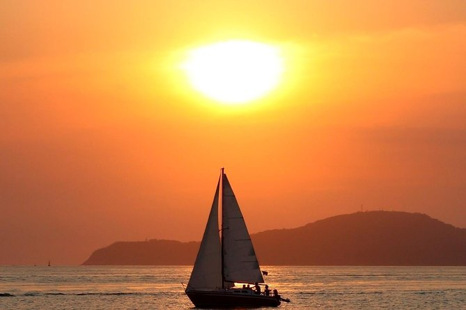 There's no better way to see the setting Caribbean sun than with a Champagne Sail in Turks and Caicos. On this adult only cruise, sail past the white sand beaches of Grace Bay in Providenciales, sailing for two hours over crystalline waters aboard a spacious sail catamaran.