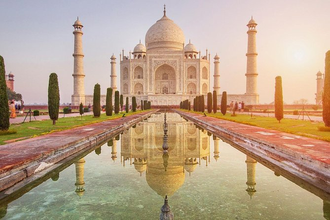 This tour package is specially designed for foreign travellers, who want to explore Taj Mahal, Agra in one day. Explore Taj Mahal in one day from Delhi and return back by India fastest train – Gatimaan Express Train. Enjoy the luxury Ride of train from Delhi to Agra and back to Delhi, meal will be served in the train.