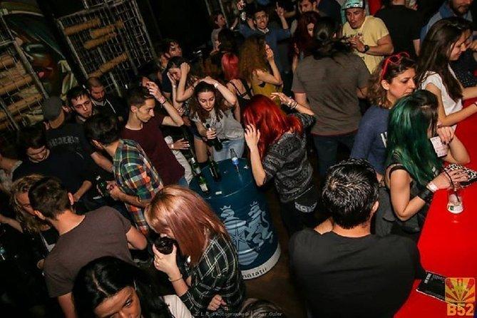 Bar Crawling, Bucarest, RUMANIA