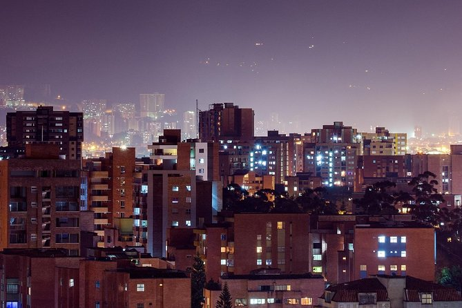 Cali Panoramic Night Tour Including Dinner, Cali, COLOMBIA