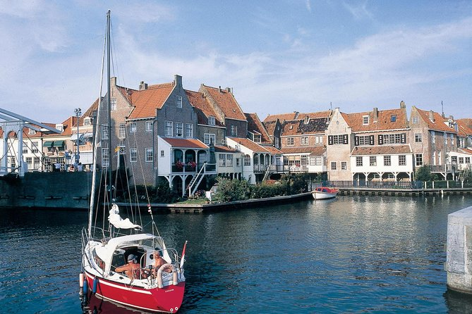 "Set off on foot to discover the charming city of Enkhuizen during this private, 2-hour walking tour. With your local guide, see historical monuments like the ""Zuiderkerk"" (South Church) and the Dromedary Defense Tower as well as hidden gems like the Snouck van Loosen park. Have plenty of time to ask your personal guide questions as you learn about the city's unique character, and its local history and culture. The tour ends at the Zuiderzeemuseum, voted the ""Holland's best museum"" in 2013, 2014, and 2016."