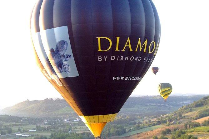 Voo de balão de ar quente em Piedmont partindo de Turim, Turim, Itália