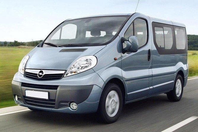 Private Arrival Transfer: Brindisi Airport to Lecce city hotels, Brindisi, ITALIA