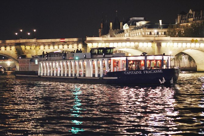 Paris Seine River Cruise with 3-Course Dinner on board CAPITAINE FRACASSE, Paris, FRANCIA