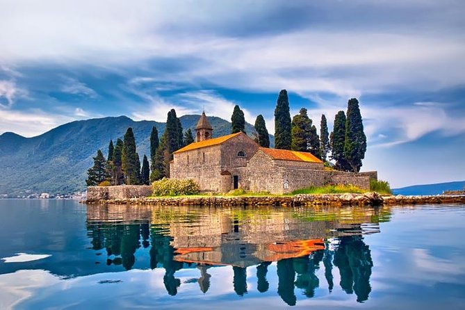 This tour is a private tour with a driver who speaks basic English (without guide) from Kotor port to Perast, Budva, Sveti Stefan, Kotor Old Town for cruise ship passengers. The cheapest way is that tour for discover the Kotor, Montenegro