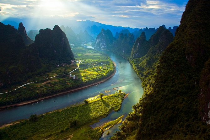Private Guilin Xianggong Hill Day Tour Including Lunch, Guilin, CHINA