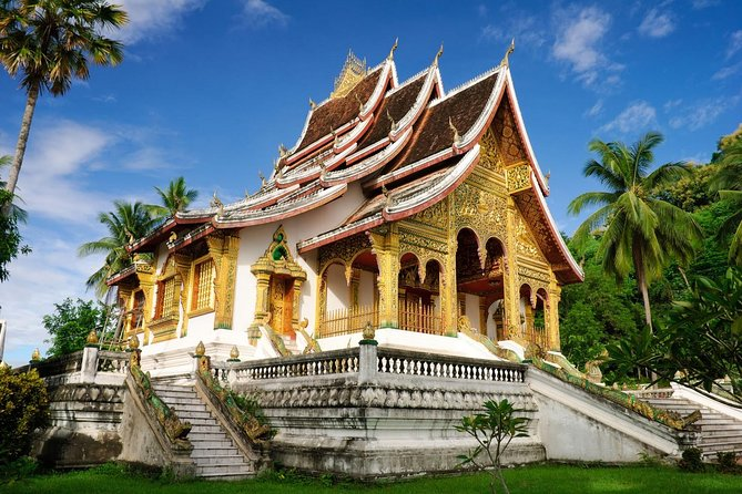 Book this 4-day classic tour in Laos and visit 2 of the most beautiful cities in Laos - Vientiane and Luang Prabang. After visiting some of the most popular attractions in Vientiane, take a flight to Luang Prabang on Day 2 and visit Vat Vixoune, That Makmo, Royal Palace Museum and more. Also visit Ban Xang Khong handmade paper village and Hmong Village to learn more about the local culture!
