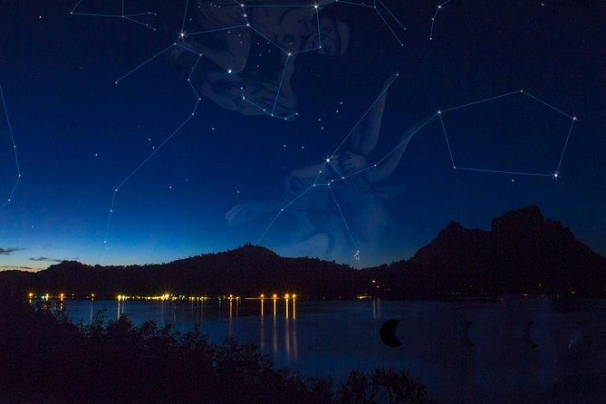 This Polynesian stargazing tour starts with a sunset cruise by boat and some bubbly. The tour is available in a small group setting out with no more than twelve people. Learn the fascinating history of how the ancient Polynesian used the stars to navigate all across the Pacific Ocean to find their way.