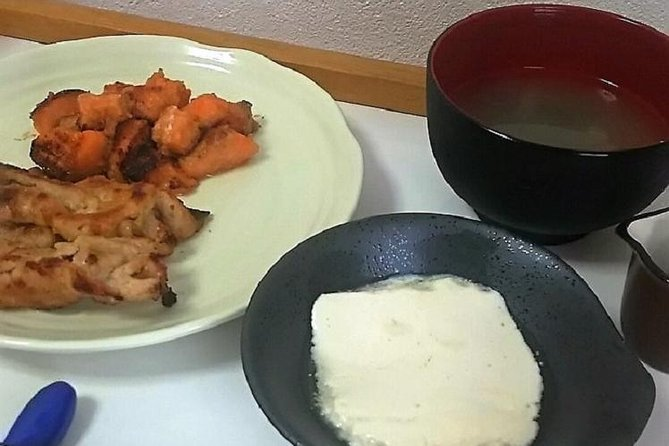 Traditional Japanese Home Cooking Lesson in Osaka, ,